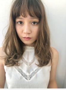 銀座の美容室Salonの女性モデル