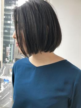 銀座の美容室Salon 伸ばしかけショートヘア
