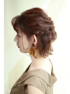 銀座の美容室Salonのおくれ毛アレンジヘア
