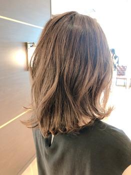 銀座の美容院Salonのヘアスタイル